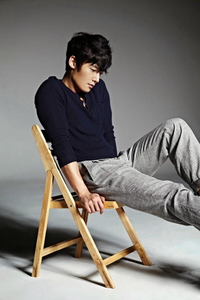 Choi_Jin_Hyuk_chair