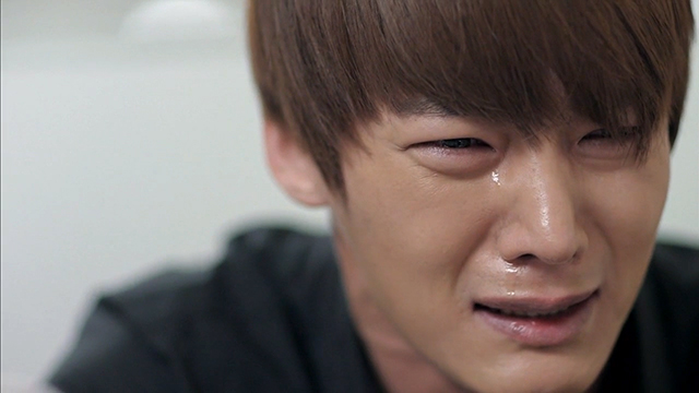 Emergency Couple episode 17 Chang Min tears