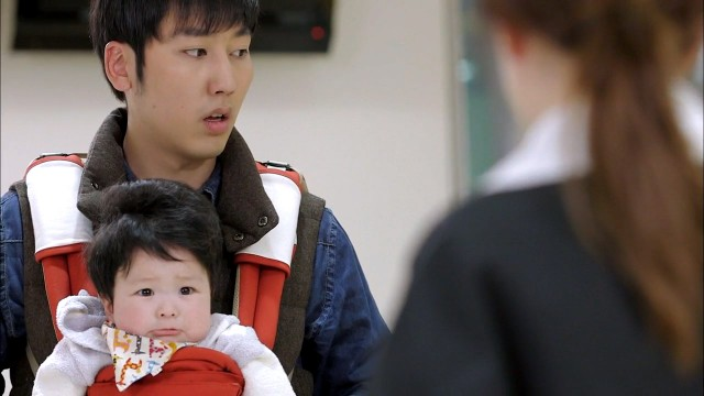 Emergency Couple Kwang Soo and baby 3