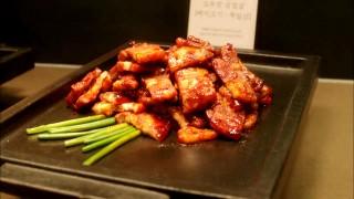 Let's Eat episode 11 pork buffet