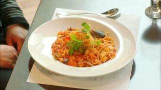 Let's Eat episode 15 seafood spaghetti
