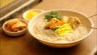 Let's Eat episode 3 noodles in anchovy broth