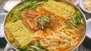 Let's Eat episode 5 budae jjigae