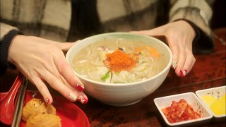 Let's Eat episode 8 single person ramyun