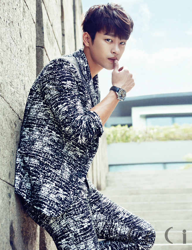 Seo In Guk Ceci Oct 2014 2