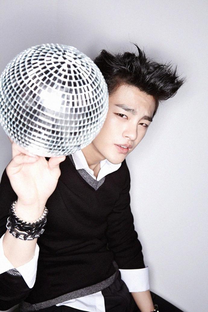 Seoinguk_discoball
