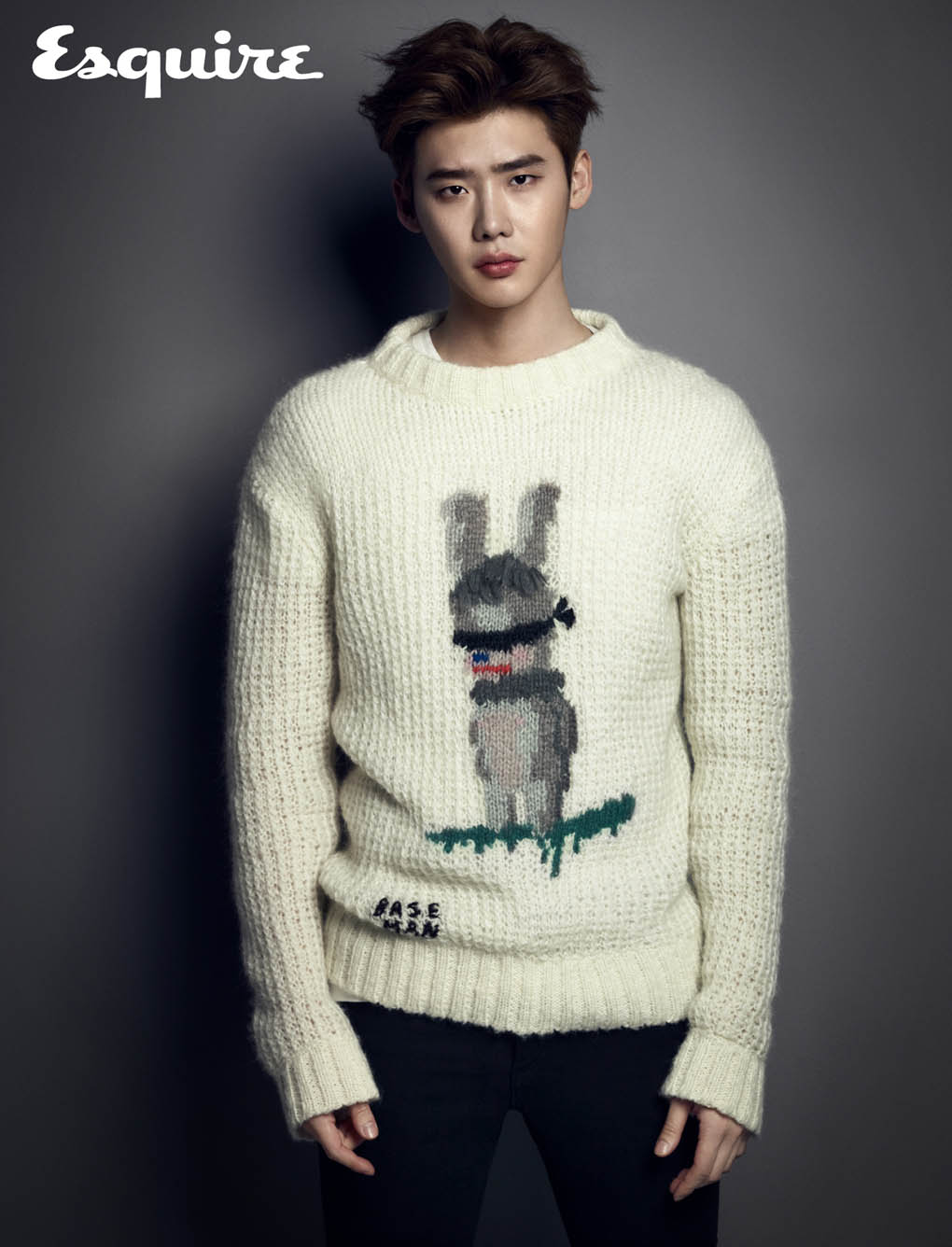 Lee_Jong_Suk_sweater